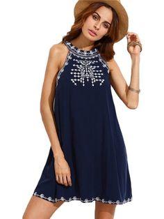 Vestido Marinho Bordado - Compre Online | DMS Boutique