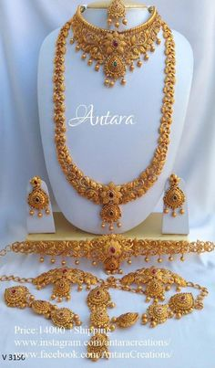 Complete Gold replica Wedding set for the south Indian Bride . Indian Bridal Jewelry Sets, Indian Wedding Jewelry, Wedding Jewelry Sets, Wedding Set, Bridal Jewellery, Handmade Jewellery, South Indian Bride Jewellery, Temple Jewellery, Jewellery Box