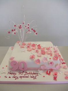 birthday cakes for women Birthday Cakes For Men, Birthday Cake For Women Elegant, Birthday Cake Roses, Happy 90th Birthday, 90th Birthday Parties, Birthday Cake Toppers, 22 Birthday, Women Birthday, Birthday Recipes