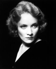 Marlene Dietrich, German-American actress and singer. Hollywood Photo, Vintage Hollywood, Hollywood Glamour, Hollywood Stars, Hollywood Actresses, Classic Hollywood, Actors & Actresses, Hollywood Icons, Marlene Dietrich