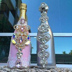 ✨Magical Beauties✨ I'm feeling a little this Friday ☺️💕 Swarovski Bottles 🍾🍾 Bedazzled Bottle, Bling Bottles, Champagne Bottles, Painted Wine Bottles, Bottles And Jars, Decorated Bottles, Wedding Bottles, Wedding Glasses, Bottle Art