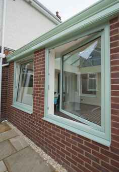 Tilt and Turn Windows from Wessex Window come in various styles, colours and finishes. Speak to one of our experts now and get a free quote! Aluminium Windows, Sliding Windows, Sash Windows, Casement Windows, Windows And Doors, Georgian Windows, Tilt And Turn Windows