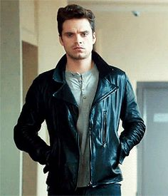 the way he walks :O / Sebastian Stan
