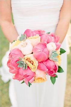 #bouquet #weddingflowers we ♥ this! moncheribridals.com