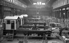 1980 orig: MAGYAR RENDŐR MAGYARORSZÁG BUDAPEST VIII. Ganz MÁVAG Mozdony-, Vagon- és Gépgyár, üzemcsarnok, vasúti járművek gyártása.