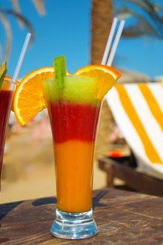Necesitamos Un trago sin alcohol para compartir con toda la familia y amigos que nos visitan. Muchos zumos para ser natural como la vida m...