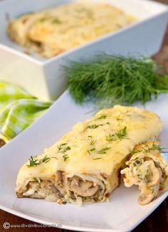 clatite-cu-ciuperci-si-sos-bechamel Caesar Pasta Salads, Caesar Salad, Vegetarian Recipes, Cooking Recipes, Good Food, Yummy Food, Romanian Food, What To Cook, Food To Make