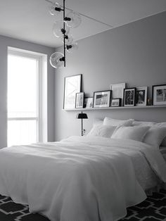 6 Respected Clever Ideas: Minimalist Home Ideas Wall Colors minimalist bedroom wall simple.Minimalist Bedroom Simple Floor Beds minimalist home decorating printable art.Minimalist Home Exterior Gardens. One Bedroom, Bedroom Apartment, Home Decor Bedroom, Design Bedroom, Master Bedrooms, Fall Bedroom, Apartment Therapy, Wall Design, Apartment Design