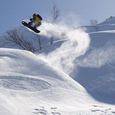 Catching air - Snowboarding