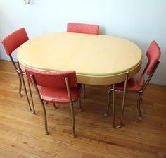 Retro Dinette Sets: Maple Retro Table Red Chairs Idea ~ Decoration Inspiration