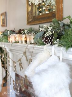 romantic christmas living room mantel with mercury glass votives and pinecones in garland Christmas Tree Decorating Tips, Country Christmas Decorations, Farmhouse Christmas Decor, Christmas Mantels, Christmas Living Rooms, Christmas Bedroom, Christmas Home, Handmade Christmas, Merry Christmas