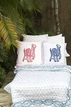 pomegranate inc | bedding - llama parade pink curtain + pillow +