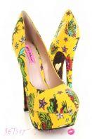 Betsy Johnson... i want these