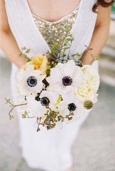 Pretty poppies: http://www.stylemepretty.com/washington-dc-weddings/2014/09/23/grecian-bride-inspiration-shoot-by-matoli-keely-photography/ | Photography: Matoli Keely - http://www.matolikeelyphotography.com/