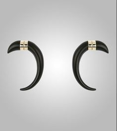 Givenchy Mens S/S 2012 earrings! Magnetic Earrings, Givenchy Man, Sharp Dressed Man, Men's Earrings, Men Dress, Piercings, Jewelery, Mens Fashion, Spikes