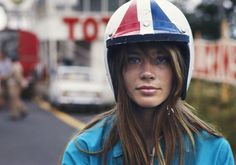 Gorgeous Photos Of Françoise Hardy On The Set Of 1966 Formula 1 Movie 'Grand Prix'. Fast cars and a gorgeous girl. Françoise Hardy, Grand Prix, Charlotte Rampling, Steve Mcqueen, Twiggy, Alexa Chung, Street Tracker, Gq, Paris Match