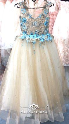 Dresses For Kids – Lady Dress Designs Fashion Bella, Baby Girl Fashion, Little Girl Dresses, Girls Dresses, Flower Girl Dresses, Baby Dress Design, Ladies Dress Design, Little Girl Costumes, Blue Suit Wedding
