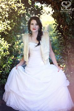 Sunkissed_snowwhite (23) #OlivelliCT Stunning Dresses, Bridal Boutique, Cape Town, Bridal Accessories, Snow White, Hair Makeup, Inspired, Wedding Dresses, Model