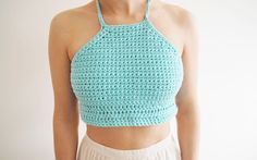 Best free crochet crop top pattern Few DIY strategies imply you will get as ornate an impression as delicate crochet! Lacy crochet patterns are the form of drawback which will make your. Diy Crochet Crop Top, Crochet Halter Tops, Free Crochet, Crochet Bikini, Crochet Shirt, Crop Top Pattern, Crochet Stitches Patterns, Crochet Woman, Beautiful Crochet