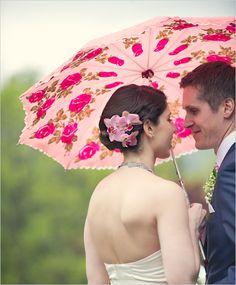 so sweet! Summer wedding photography with parasol Diy Wedding Umbrella, Wedding Umbrellas, Prom Photos, Wedding Photos, Prom Pics, Wedding Photography Inspiration, Wedding Inspiration, Photography Ideas, Wedding Ideas