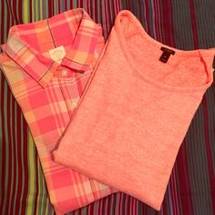 SALE J. Crew Pink Sweater Bundle ☀️ J. Crew☀️ SPRING Shirt + Sweatshirt Bundle // Size: shirt: 4 sweatshirt: XS (loose fit so it should fit small as well) // both in perfect condition // I ship same-day from smoke/pet-free home // ENJOY J. Crew Tops Button Down Shirts