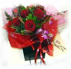 hand wrapped valentines flower arrangements | VALENTINES DAY - Florist in St Agnes| Hayleys Flower Shop| Flower ...