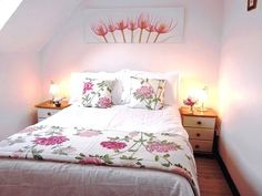 Fell view in Allithwaite near Cartmel and Grange over Sands. Cottage sleeps 5 in 2 bedrooms . Dogs welcome Double Bedroom, Sands, Cottages, Bedrooms, Sleep, Dogs, Furniture, Home Decor, Couple Room