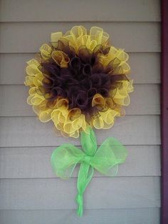 Sunflower deco mesh wreath ~ inspires some ideas about other flowers ~ I wonder how deco mesh stands up to sun, wind & rain ~ by WreathsnBowsbyJanet, $85.00