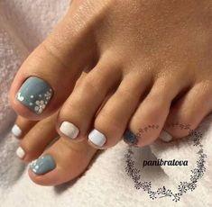 Beautiful Nail Designs For Toes - Hast du aber schöne Fußnägel, ®™ - manicure Pretty Toe Nails, Cute Toe Nails, Purple Toe Nails, Pretty Toes, Classy Nail Designs, Beautiful Nail Designs, Toe Nail Designs Simple, White Toenail Designs, Summer Toenail Designs