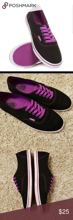 Lo Pro Vans black neon purple men's 9 gals 10.5 Fabulous condition! Feel free to ask questions before making an offer! Vans Shoes