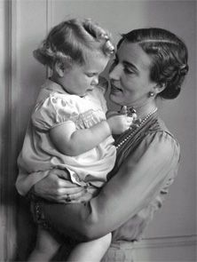 Her Majesty Queen Margarethe II. of Denmark (*1940) as a little girl with her mother Queen Ingrid