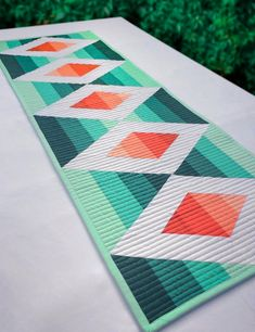 Table Runner And Placemats, Quilted Table Runners, Quilted Table Runner Patterns, Quilt Placemats, Table Topper Patterns, Patchwork Table Runner, Modern Quilt Patterns, Tree Patterns, Small Quilts