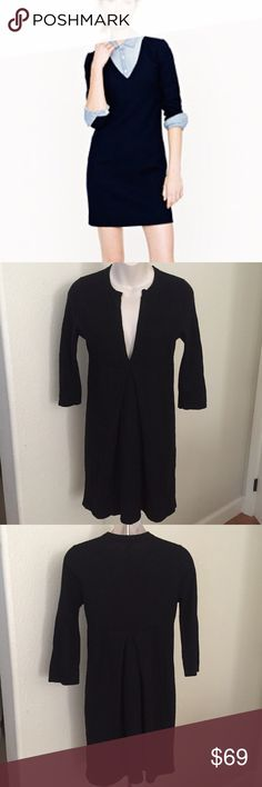 """J. Crew V-Neck Wool Cashmere 3/4 Sleeve Dress S This is a perfect Fall/Winter J. Crew V-neck dress. It is 3/4 Sleeve. Made of 55% wool 30% lyocell 10% nylon 5% Cashmere. Front and back pleat. Empire waist. Bust 34"""" waist 29"""" inseam 34"""". Gently worn. J. Crew Dresses Midi"""