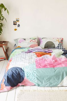 Agnes Colorblock Bedding