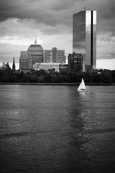 11 Free Things to Do in Boston, August 2014 Check out these free events happening around Boston this month, including the annual R.O.Y Kickball Event, the August Moon Festival in Chinatown, and Boston Greenfest.