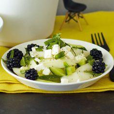 Melonen-Brombeer-Feta-Salat. Foto: ©Janne Peters