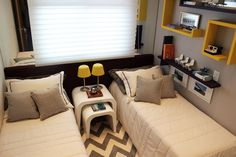 bedroom / quarto / gemeos / twins / chevron / yellow / amarelo / apartamento decorado / home decor / bohrer arquitetura / interior design / modern