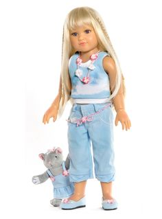 This is Stine, one of the 2013 range of play dolls from Kidz 'n' Cats. A gorgeous doll for girls from age 6, available from the end of Feb from Petalina.co.uk