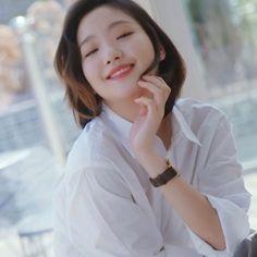 #wattpad #fanfic Após cinco anos Jeon Jungkook volta para a Coréia do Sul e reencontra sua paixão da adolescência, Park Jimin. Ele pensou q não sentiria mais nada com o Park por perto. Só que ele estava totalmente enganado.... Será que ele esqueceu de tudo que sentia ou só nutriu mais sentimentos pelo menor??!.... ... Jikook, Korean Actresses, Korean Actors, Actors & Actresses, Kim Go Eun Goblin, Kim Go Eun Style, Park So Dam, Goblin Korean Drama, Dramas