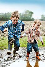 Winners Announced in National Farm Photo Contest Category 5 - Farm Fun Photo by Krystle VanRoboys Country Farm, Country Boys, Farming In Canada, Category 5, Farm Fun, Best Cleaning Products, Farm Photo, Down On The Farm, Splish Splash