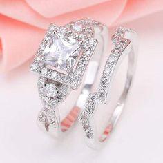 Wedding Rings Rose Gold, Rhinestone Wedding, Wedding Rings For Women, Bridal Rings, Wedding White, Dream Wedding, Wedding Jewelry, Gold Wedding, Perfect Wedding