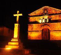 Capilla de Santa Bárbara en Barichara  Santander Colombia, es una bella obra al estilo español, construida en piedra tallada por los artistas de este bello pueblo
