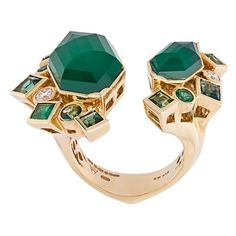 Stephen Webster 'Crystal Haze' emerald and diamond ring ($17,330) ❤ liked on Polyvore featuring jewelry, rings, green, emerald jewelry, diamond jewelry, green ring, crystal rings and emerald diamond ring