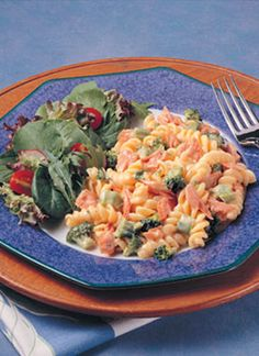 Wonder what to make with that canned salmon OTHER than salmon patties? Alaska Salmon and Broccoli-Cheese Pasta