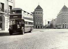 Ancien bus de Carris - Praça do Areeiro - Lisboa.