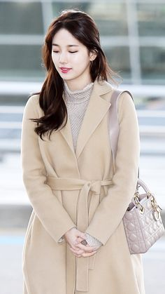 Suzy Fashion Moda, Kpop Fashion, Asian Fashion, Fashion Outfits, Womens Fashion, Asian Woman, Asian Girl, Viernes Casual, Miss A Suzy