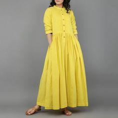 Dresses - Yellow Khadi Dress with Gathers Eerbare kleding Eng Modest clothing Fr Vêtement modeste Du Bescheidene Kleidung Sp ropa modesta Ru Скромная одежда