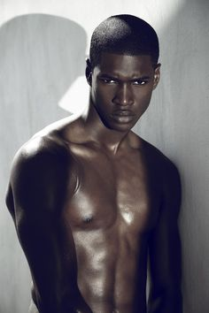 Ronald Epps :: Newfaces – Models.com's Model of the Week and Daily Duo
