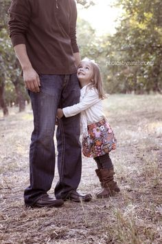 Such a cute father/daughter picture,  Go To www.likegossip.com to get more Gossip News!