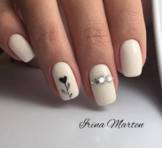 Semi-permanent varnish, false nails, patches: which manicure to choose? - My Nails Spring Nail Art, Spring Nails, Winter Nails, Love Nails, My Nails, Ongles Beiges, Heart Nails, Heart Nail Art, Square Nails